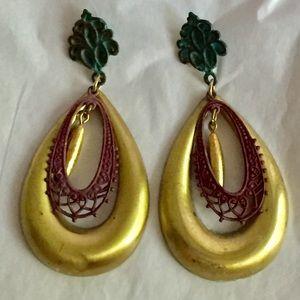 Vintage gold dangle earrings
